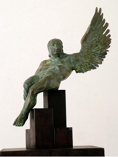 11-amancio-hombre-pájaro