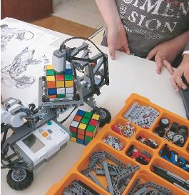 Talleres de Robótica, por Robotic León.