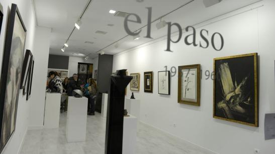 La exposición reúne una selección de piezas pictóricas y escultóricas de artistas consagrados adscritos al colectivo El Paso. © Fotografía: MAURICIO PEÑA.