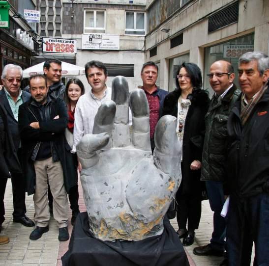 La escultura se puede ver los próximos cinco días. © Fotografía: FERNANDO OTERO / Diario de León.